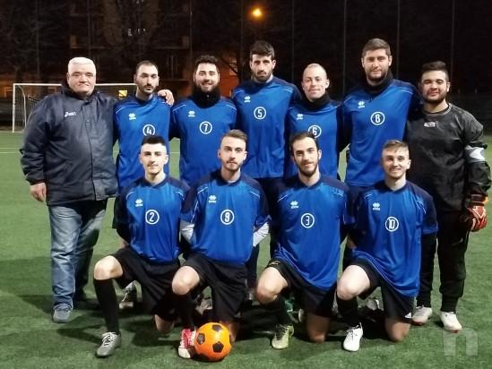 Squadre per campionati e tornei amatoriali di calcio a 8 giocatori foto-46540
