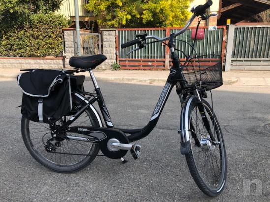 Bicicletta elettrica donna come nuova  foto-23739