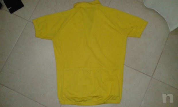 maglia ciclismo santini a mezze maniche colore giallo foto-4833