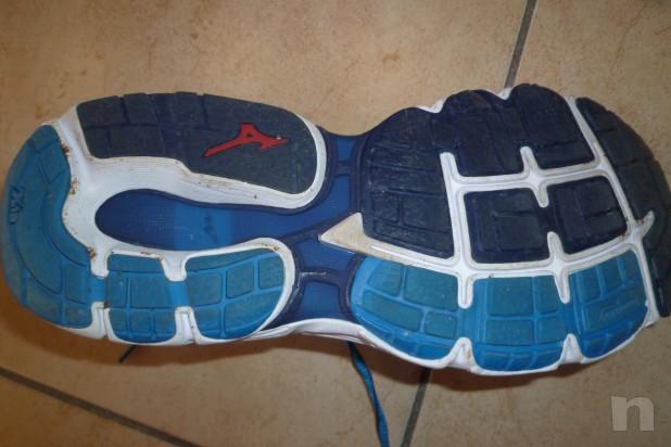 vendo scarpe running Mizuno Inspire 11 n. 42 usate 1 volta foto-5041