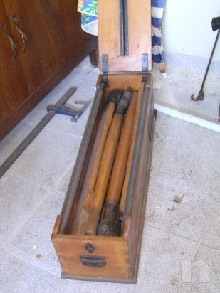 Vogatore antico in legno massiccio richiudibile  e perfettamente funzionante foto-5274