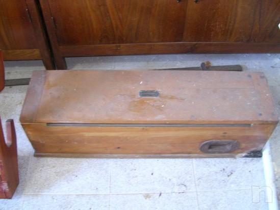 Vogatore antico in legno massiccio richiudibile  e perfettamente funzionante foto-5275