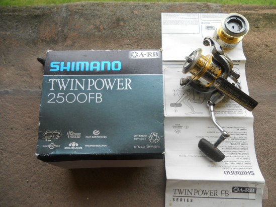 Shimano twin power 2500 FB foto-3294