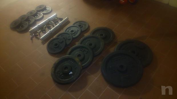 attrezzatura per pesistica e fitnes foto-3909