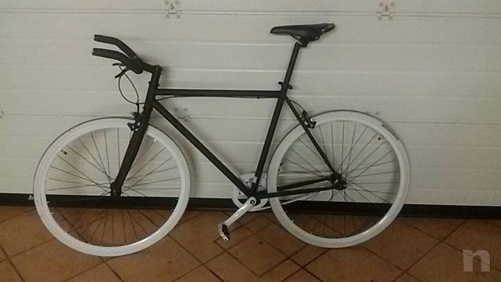 bicicletta professionale in alluminio foto-4211