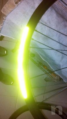 Nastro rifrangente ruota bici foto-5008
