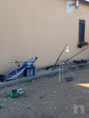 Canne da pesca con attrezzatura foto-9408