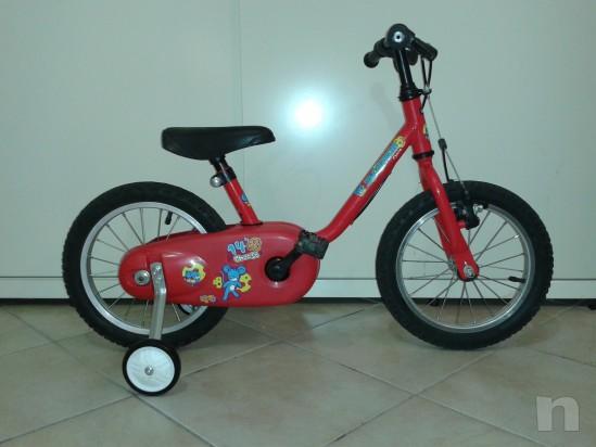 Bicicletta del 14 adatta a bimbi dai 2/3 anni in su' foto-5928