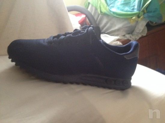 Scarpa adidas blu numero 40 foto-6012