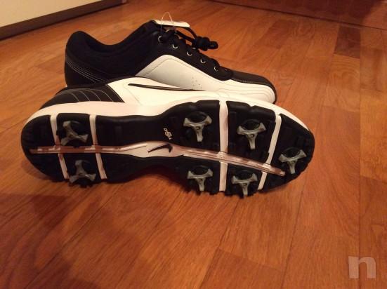 Vendo scarpe da golf NUOVE marca Nike, numero 42,5 foto-11035