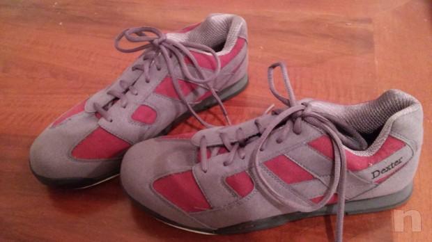 Bocce da bowling da 9,10,11 libbre e scarpe da bowling taglia 37,5 e 42,5 tutto  praticamente nuovo  foto-11060