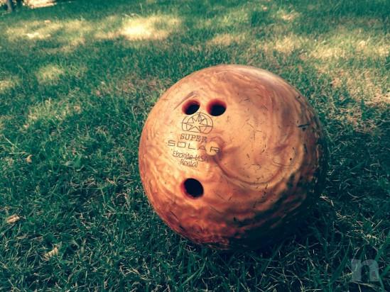 Palla da bowilg  numerata usa adatta alle dita di un ragazzino  foto-11069