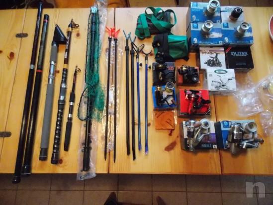 Vendo attrezzatura da pesca leggera e da fondo foto-7361