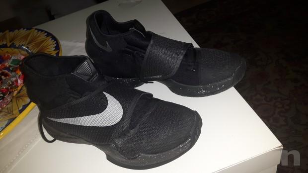 Scarpe  Nike n° 45.5. Usate solo 2 volte su parquet  foto-7772