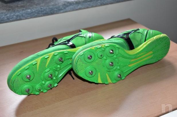 Scarpe chiodate foto-14648