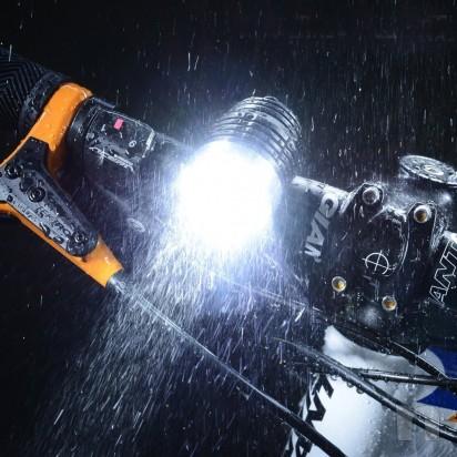 Lampada torcia da testa o bici impermeabile foto-15010