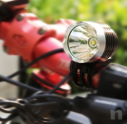 Lampada torcia da testa o bici impermeabile foto-15011