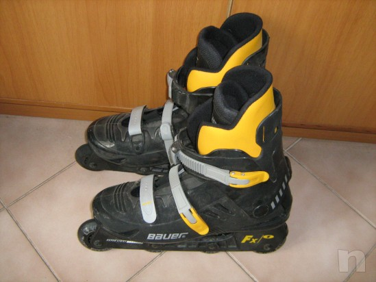 pattini a rotelle in linea roller blades marca BAUER foto-9935