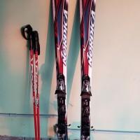 vendo sci, racchette e scarponi