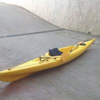 canoa kayak con pagaia
