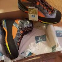 Scarpone alpinismo Triolet GTX tg. 44