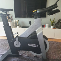Spin bike Technogym group cycle connect