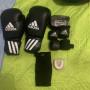 Attrezzatura kick boxing muay thai ecc